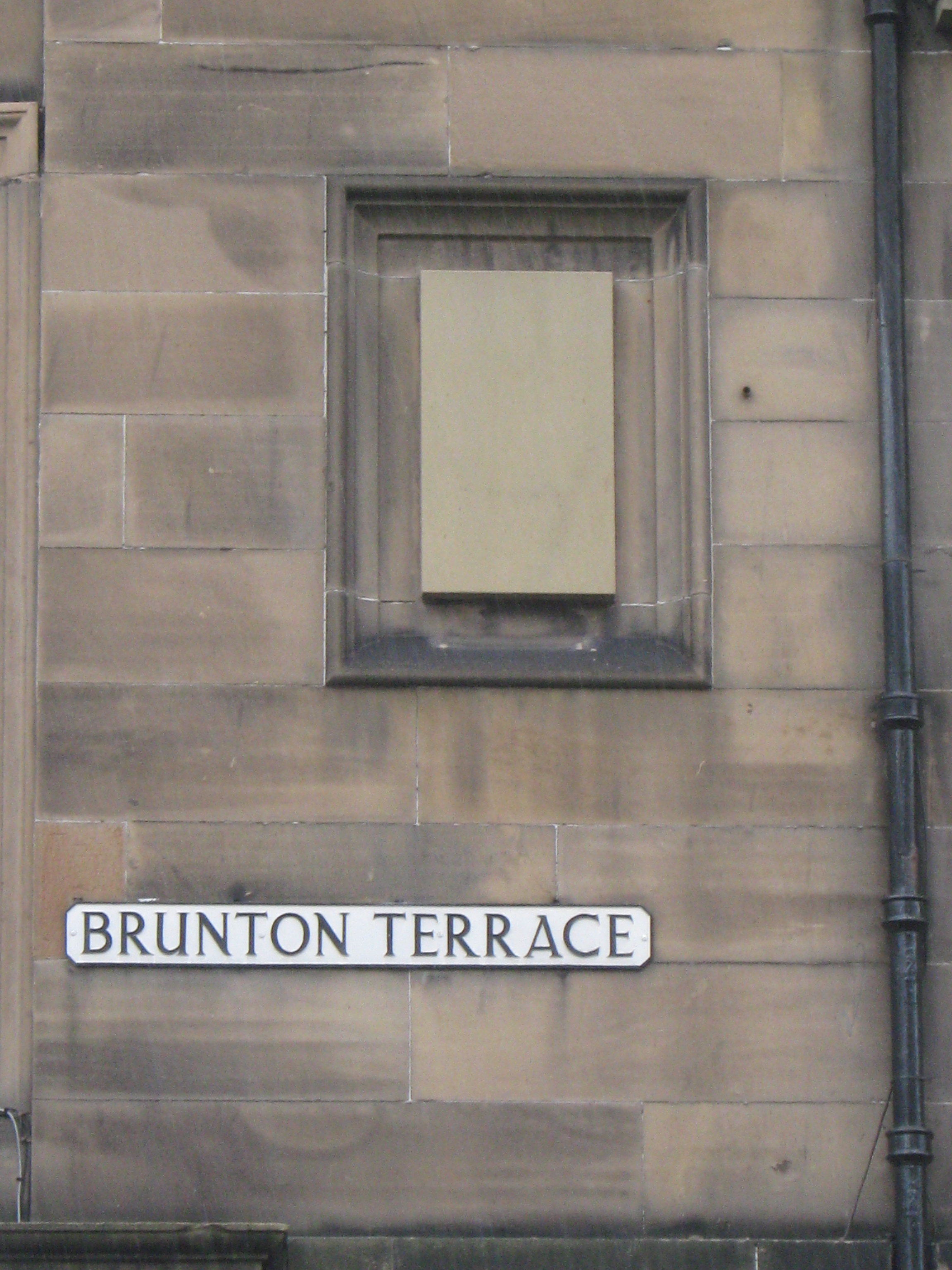 File brunton terrace edinburgh wikinews the for 55 buckstone terrace edinburgh