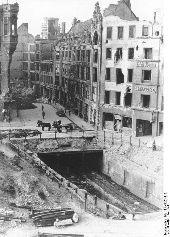 File Bundesarchiv Bild 183 M1203 310 Berlin