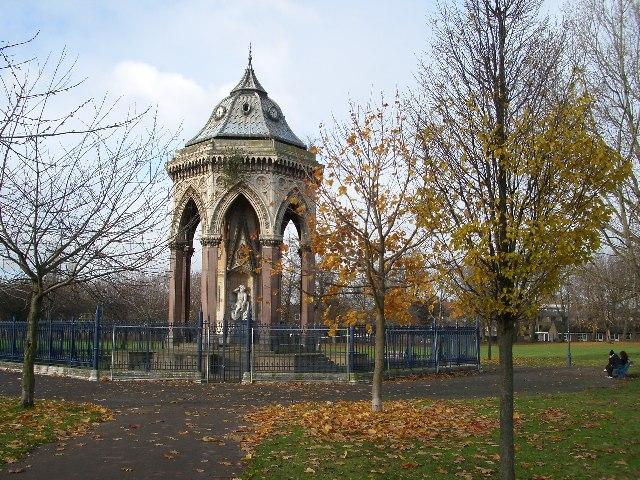 file burdett coutts fountain victoria park london e9 wikimedia. Black Bedroom Furniture Sets. Home Design Ideas