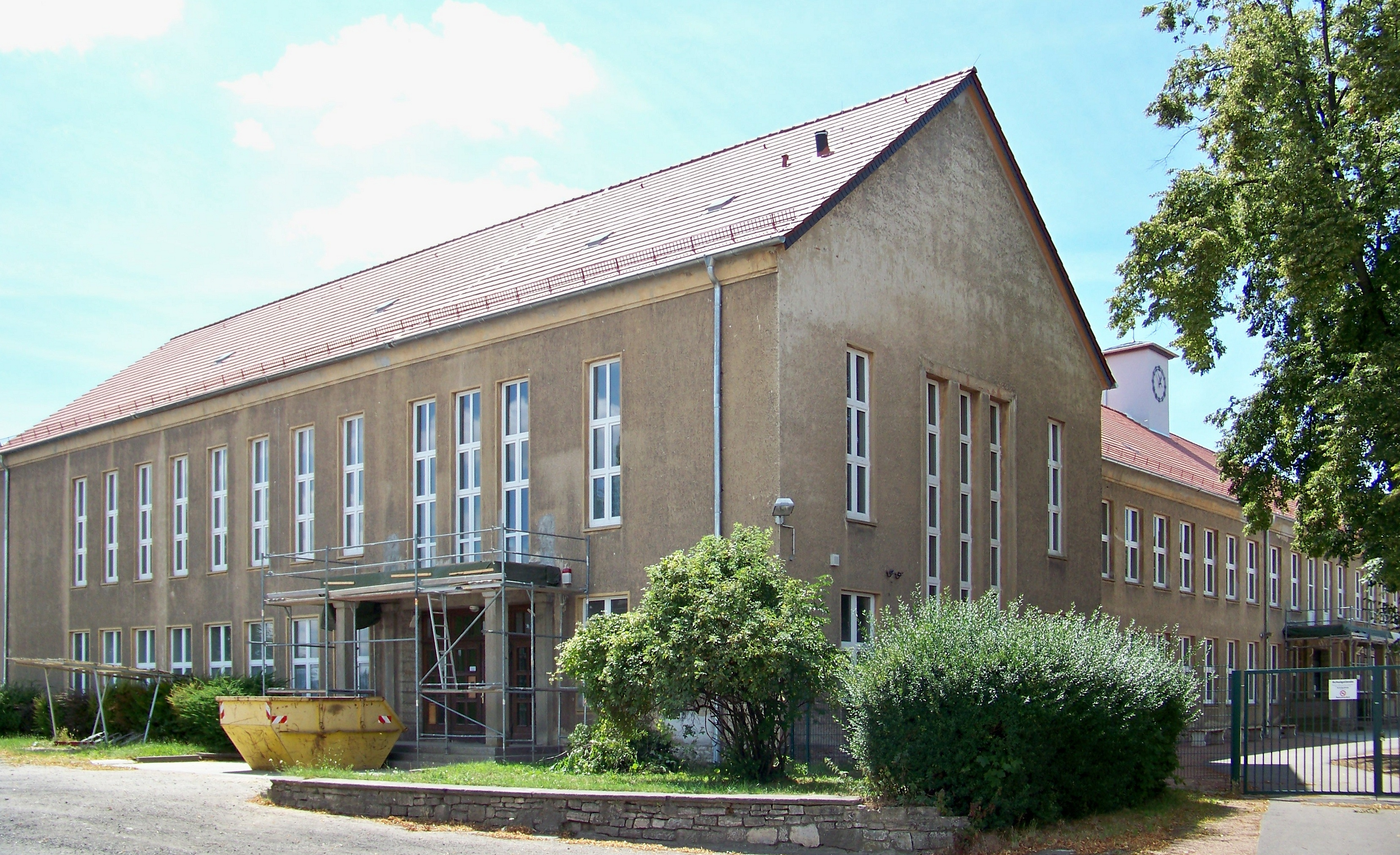 Dateicalbe Gymnasiumjpg Wikipedia