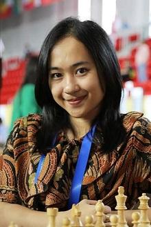 5 Fakta Chelsie Monica, Si Cantik Komentator di Duel Pak Dadang & Irene