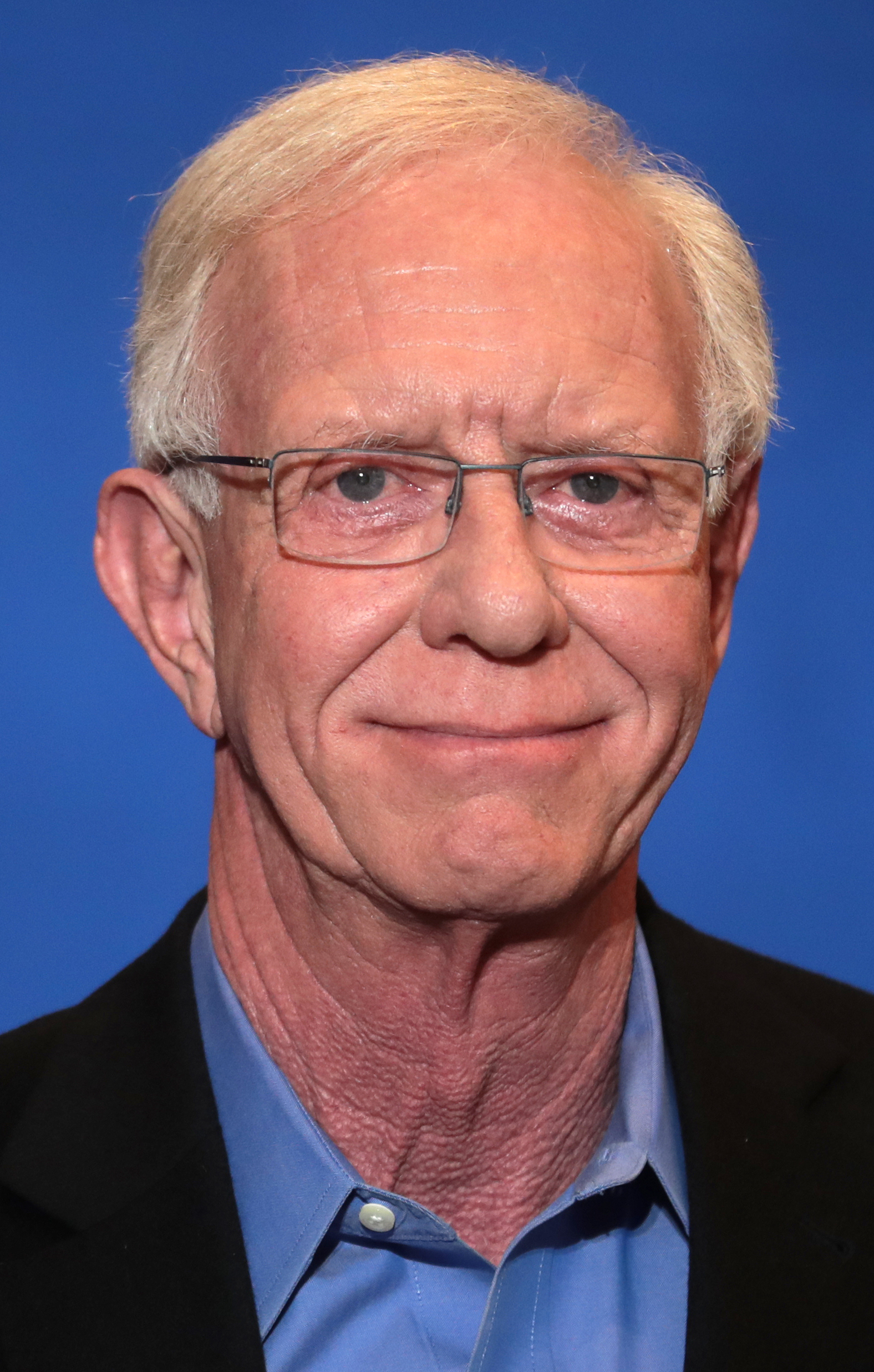 The 70-year old son of father (?) and mother(?) Chesley Sullenberger in 2021 photo. Chesley Sullenberger earned a  million dollar salary - leaving the net worth at  million in 2021