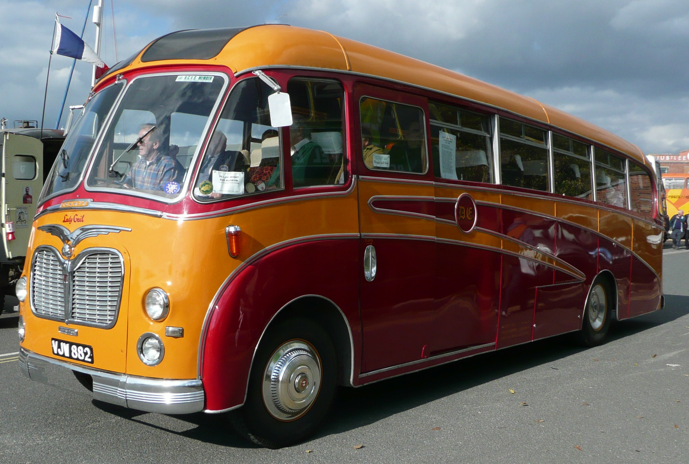 File:Don Everall Tours VJW 882.JPG