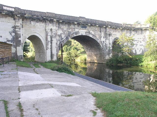 Dundas Aqueduct - geograph.org.uk - 94012