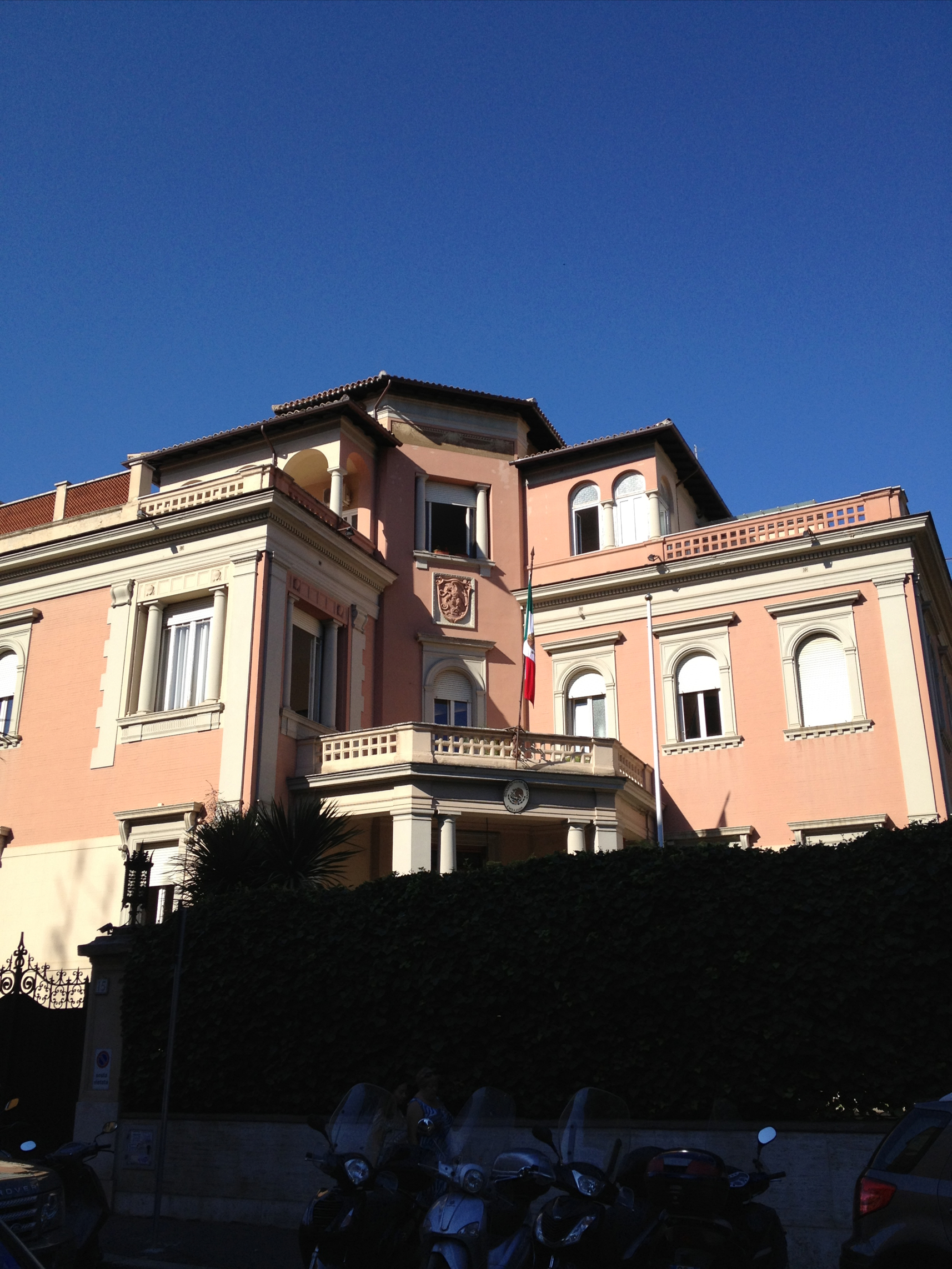 File:Embassy Of Mexico In Rome2.JPG