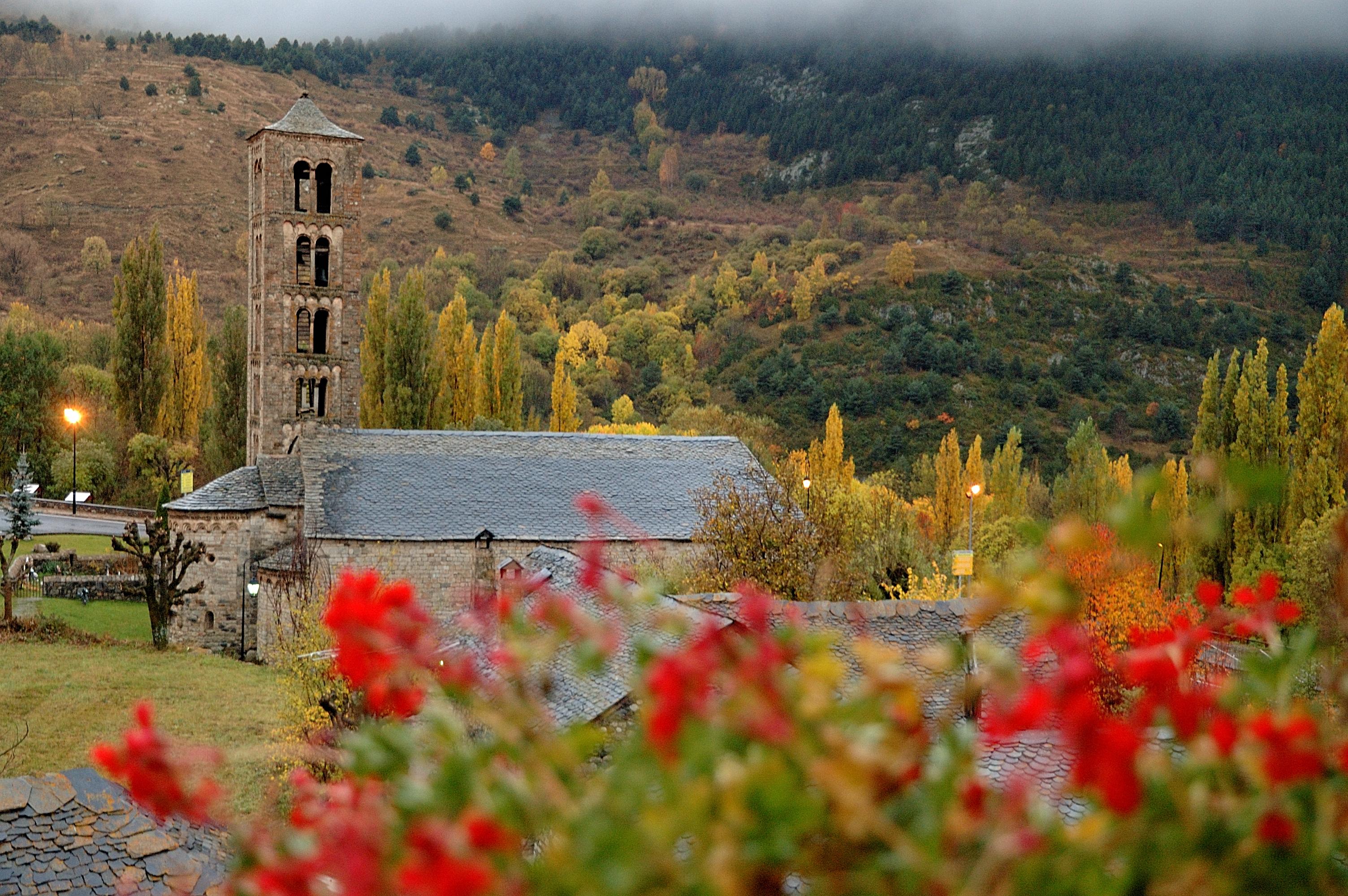 Resultado de imagen de la vall de Boi Taull