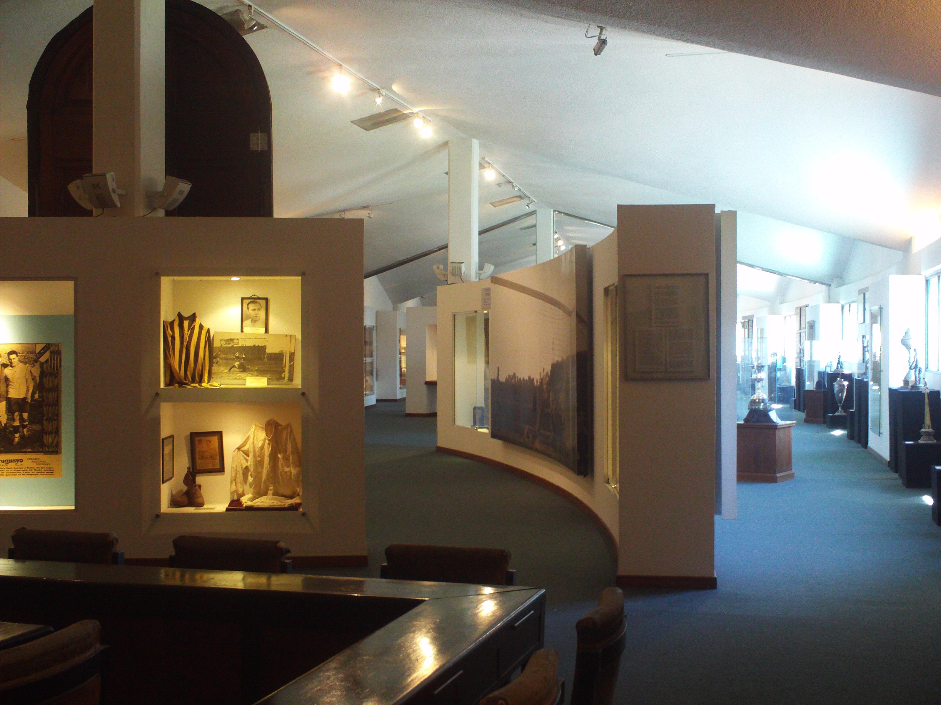 El Gran Museo Del Futbol De Montevideo