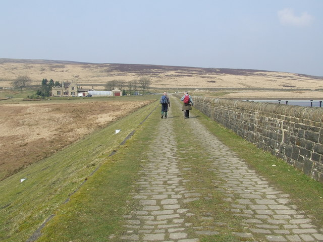 Footpath (track) across Middle Walshaw Dean Reservoir Dam - geograph.org.uk - 615973