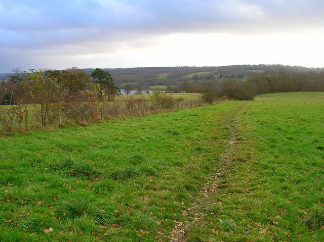 Footpath to Weir Wood Reservoir - geograph.org.uk - 624953