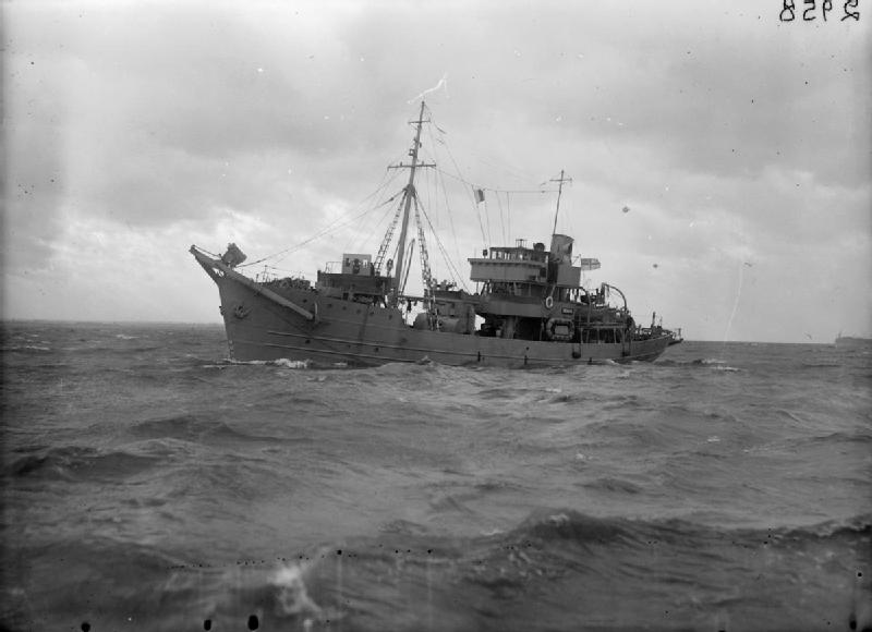 portuguese-class trawler