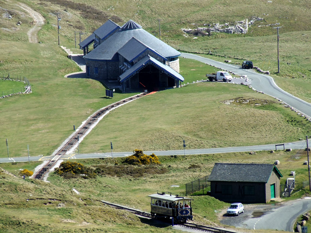 File:Halfway Tram Station on the Great Orme - geograph.org.uk - 159297.jpg