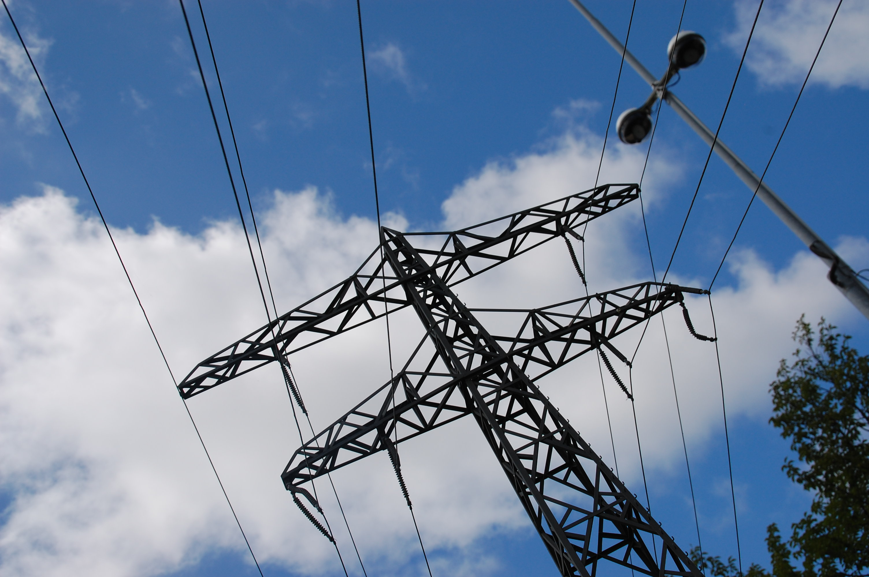 High Voltage Power Wire : Opinions on high voltage cable