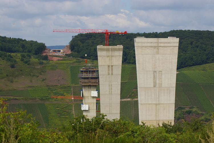 Bau der Hochmoselbrücke bei Zeltingen Rachting und Ürzig 2014