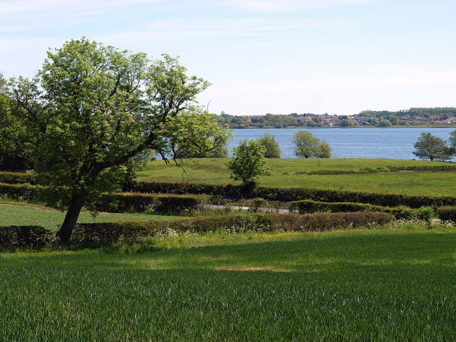 Hornsea Mere from the Footpath to Hornsea - geograph.org.uk - 1335105