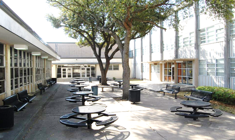 filehouston lee high school cafeteriapng