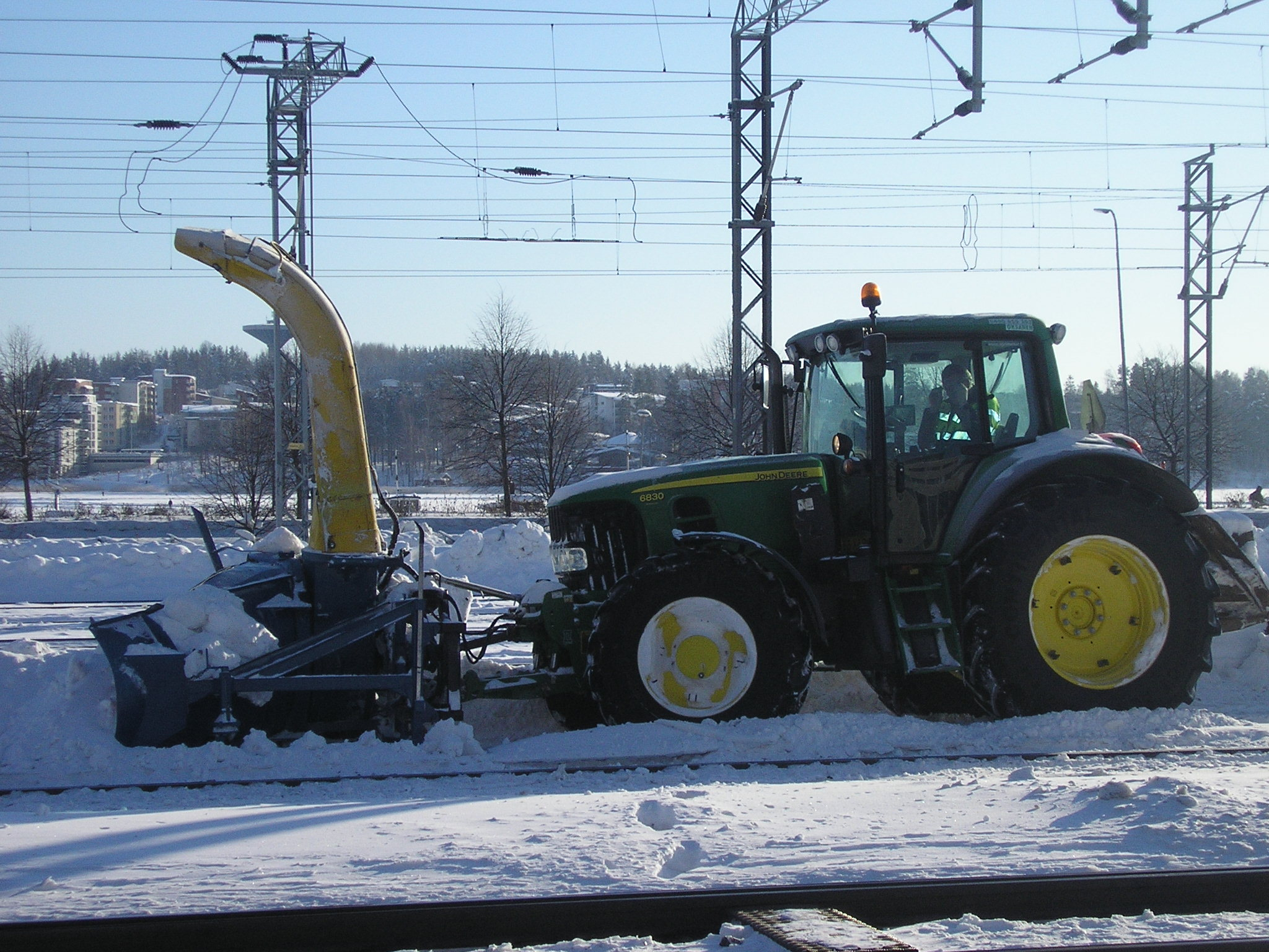 File John Deere with snowblower Finland