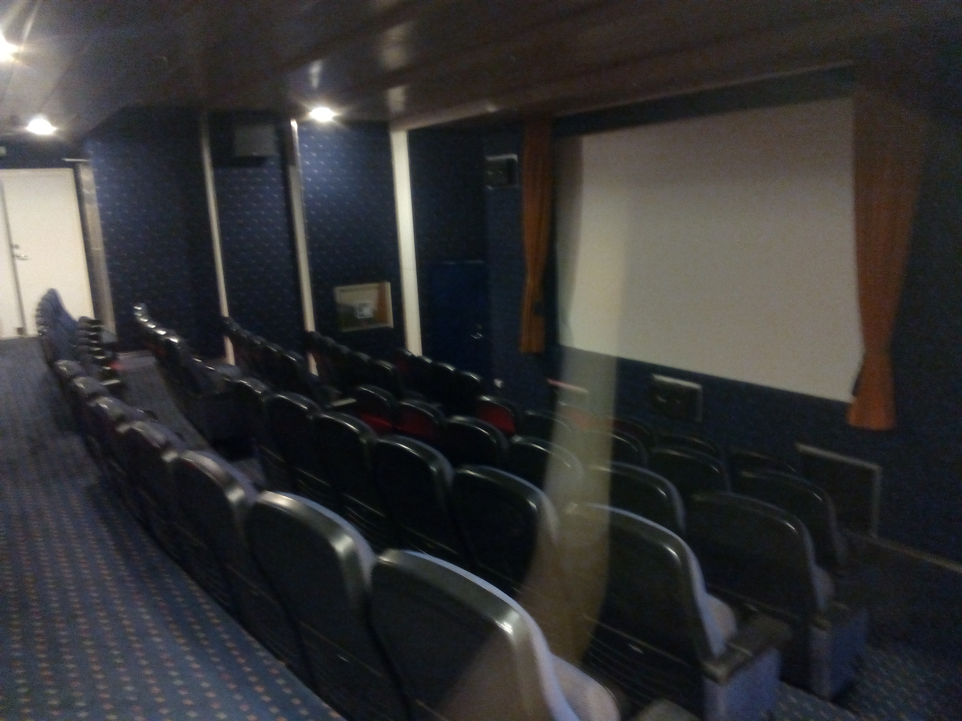 File Lobo Marinho Sala De Cinema 2016 08 31 Png Wikimedia Commons -> Imagem De Sala De Cinema