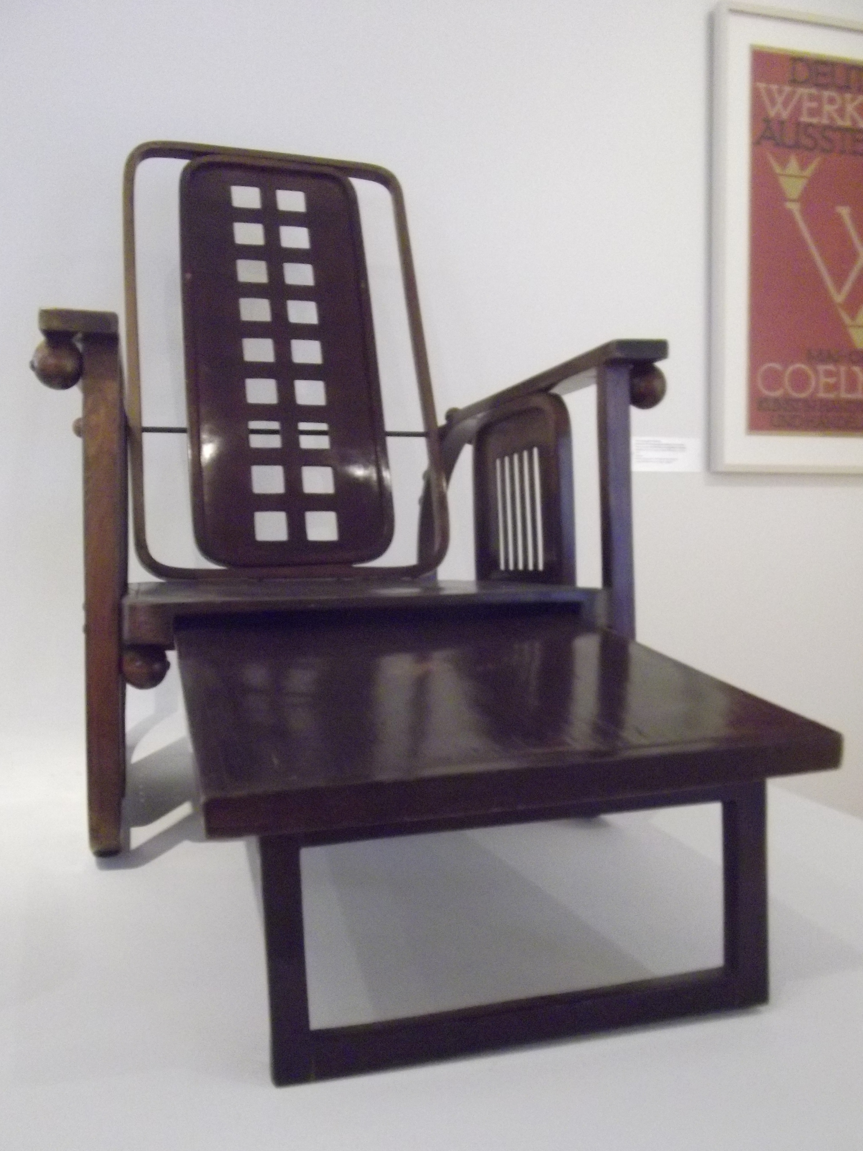 file makk josef hoffmann m wikimedia commons. Black Bedroom Furniture Sets. Home Design Ideas