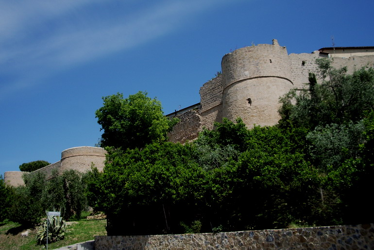 Mura di Magliano in Toscana2.jpg