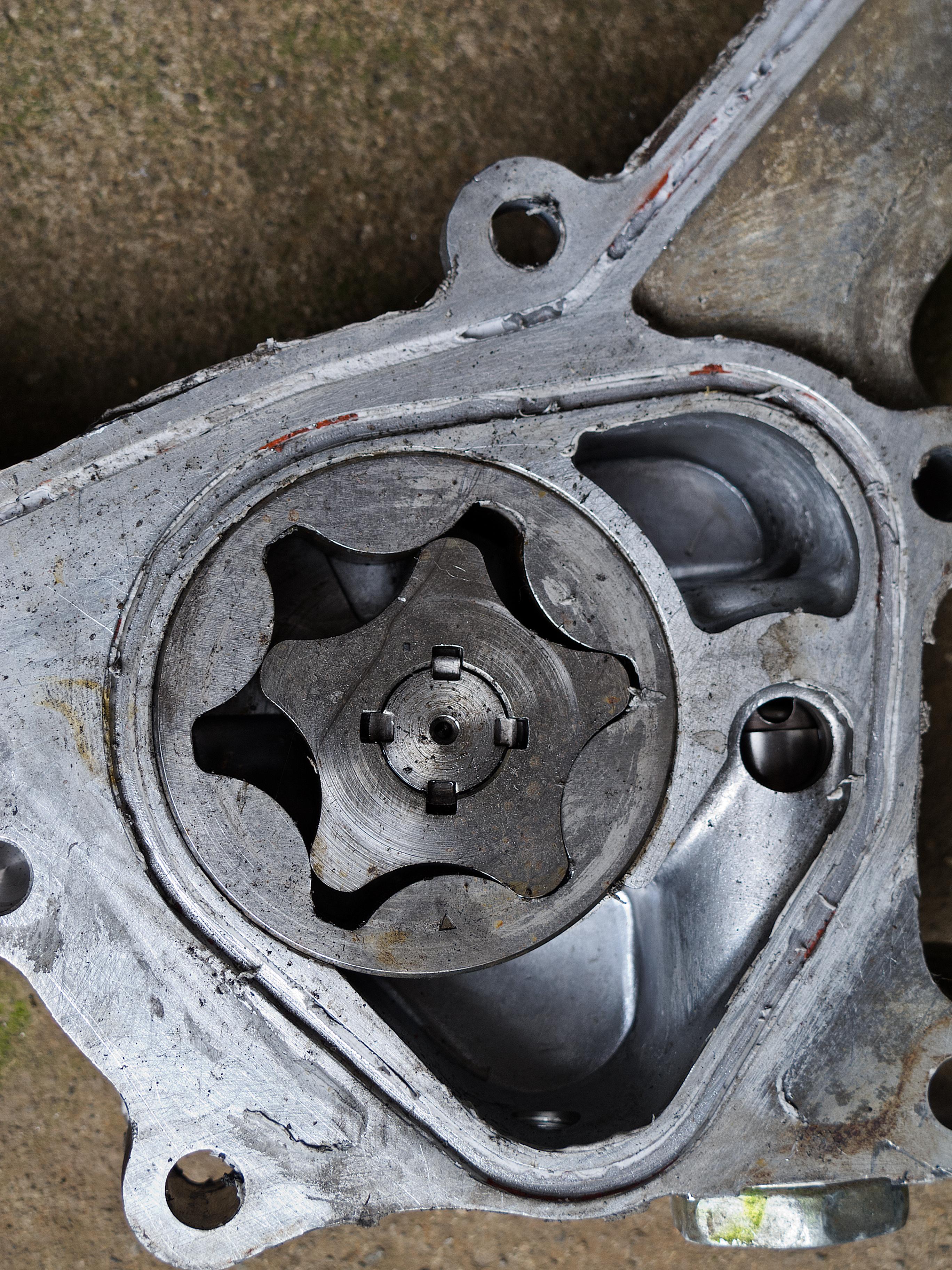 Toyota Engine Oil Pump 2736x3648 Thingscutinhalfporn