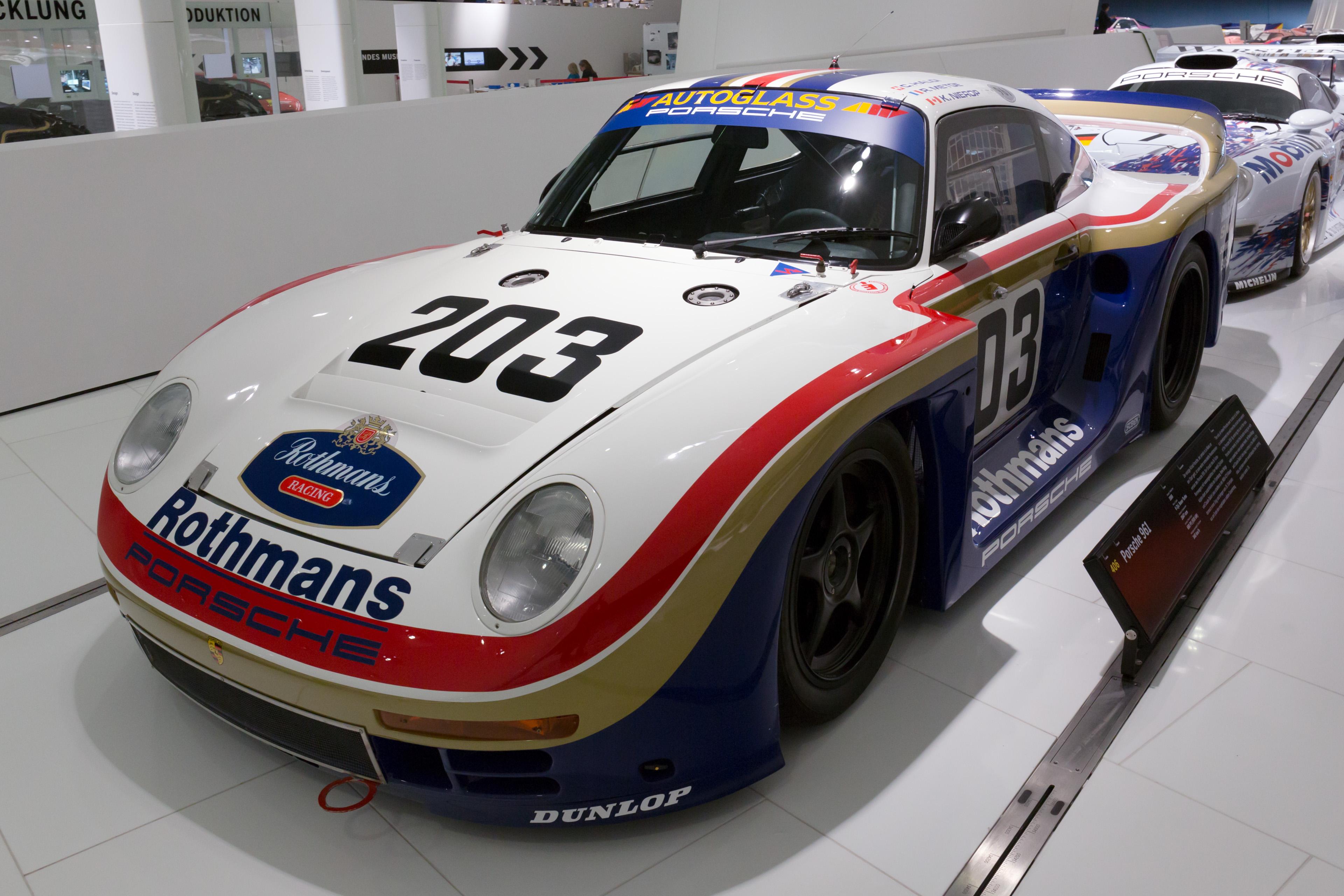 File:Porsche 961 front-left Porsche Museum.jpg