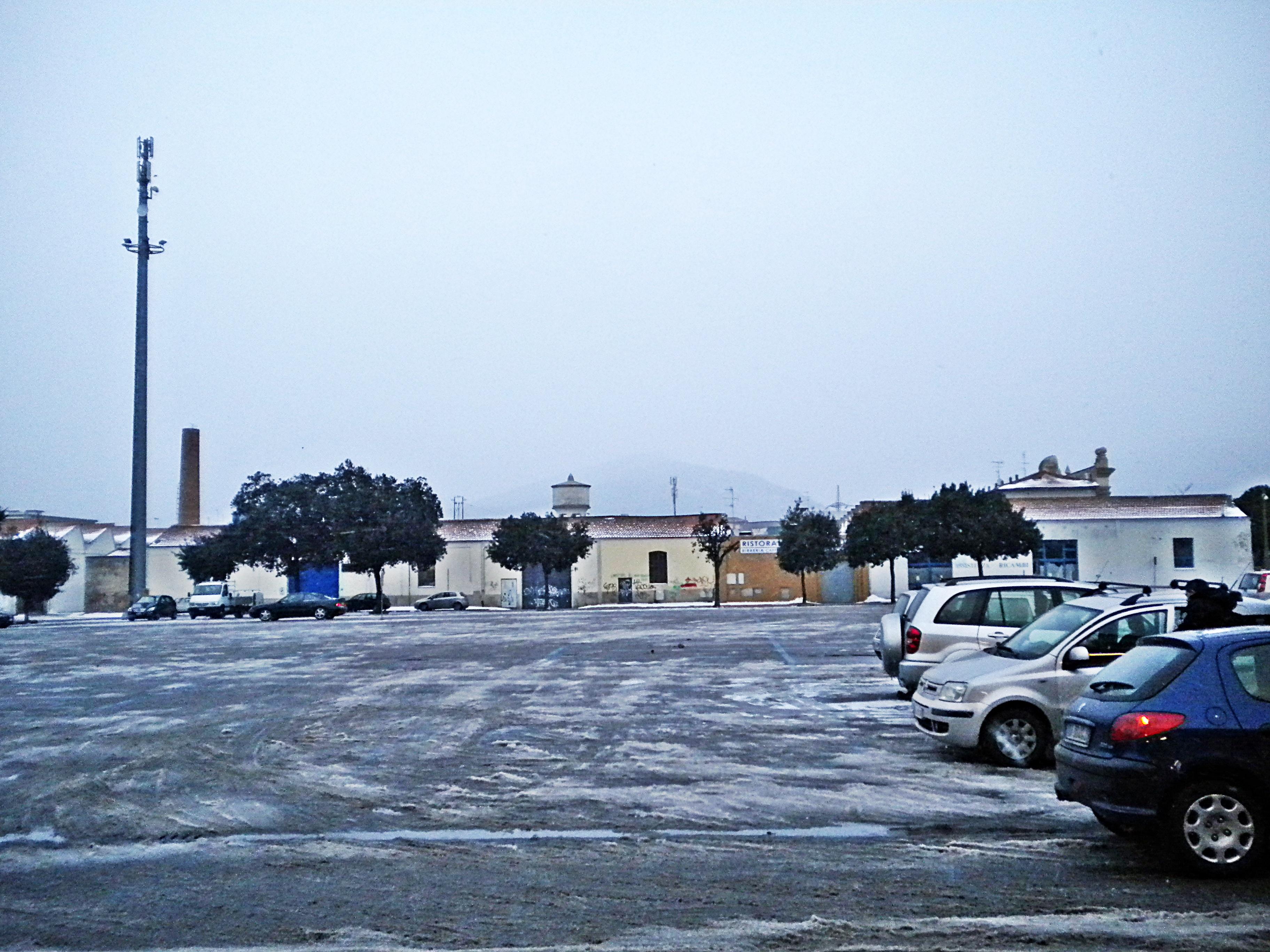 File prato 02 02 2012 piazza del mercato nuovo in inverno for Mercato prato