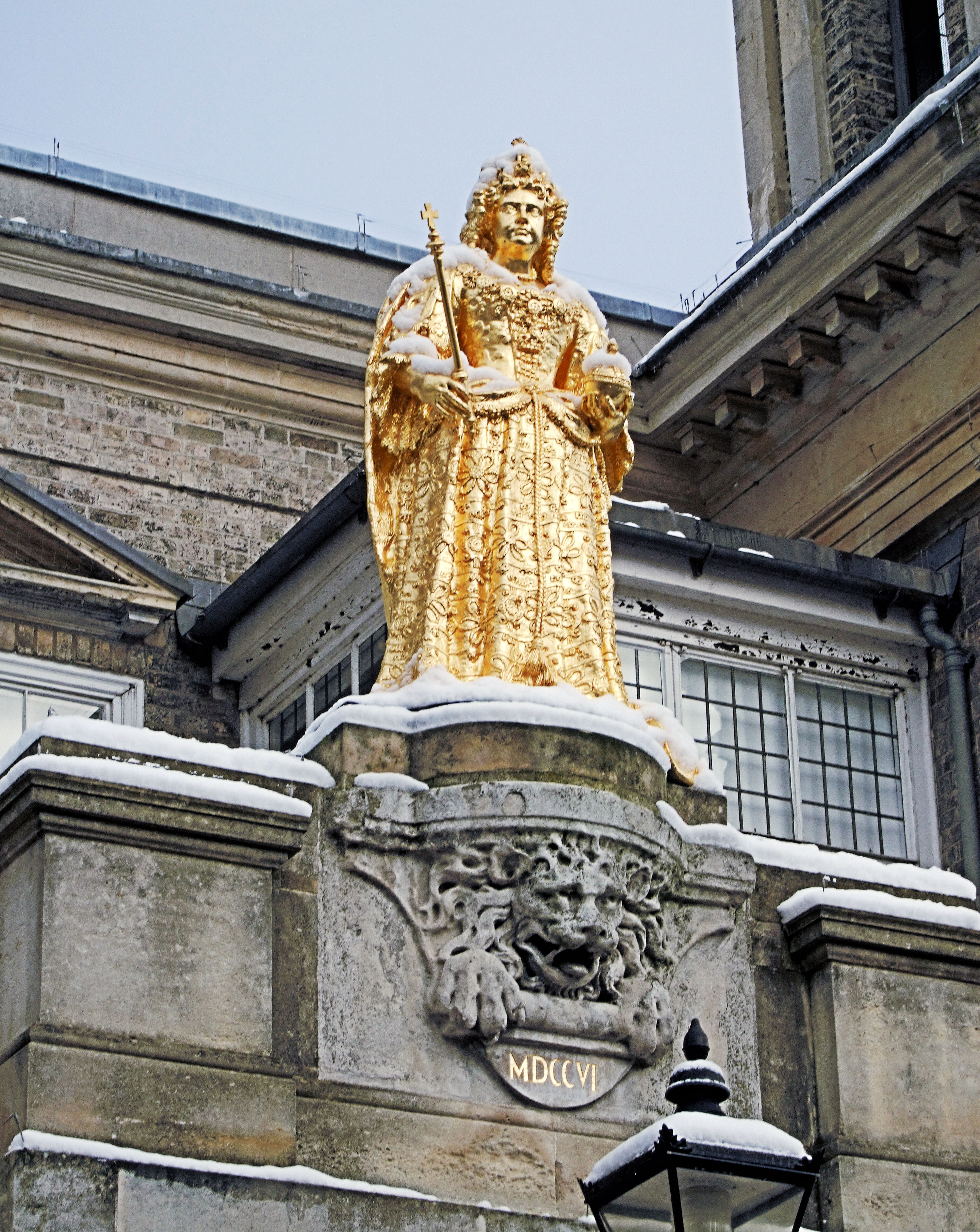 File Queen Anne S Statue In Kingston Upon Thames Market