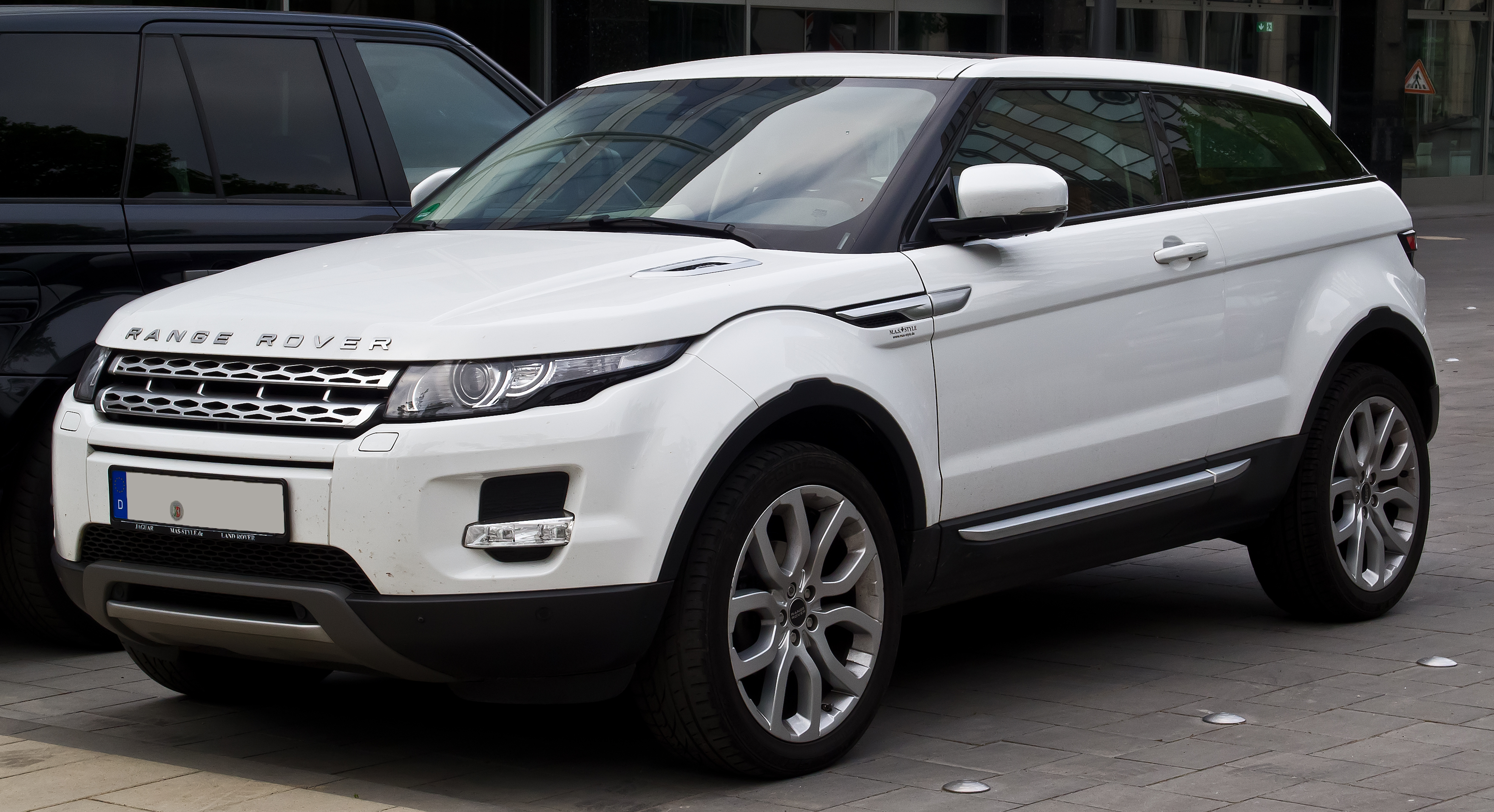 file range rover evoque coup sd4 4wd prestige frontansicht 15 juni 2014 d. Black Bedroom Furniture Sets. Home Design Ideas