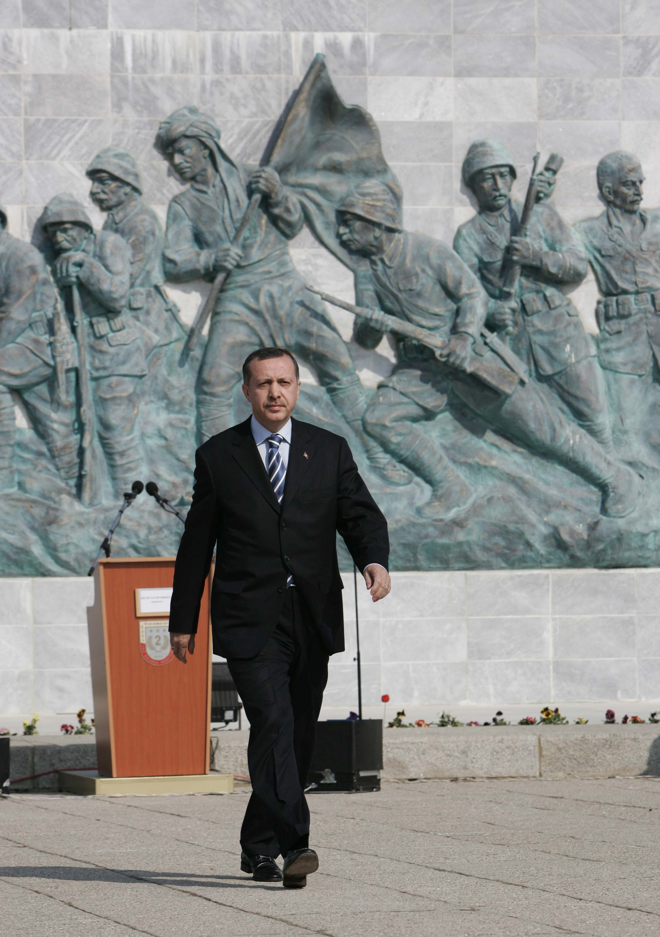Turkish prime Minister Erdogan is seeking Kurdish support for this Sundays referendum