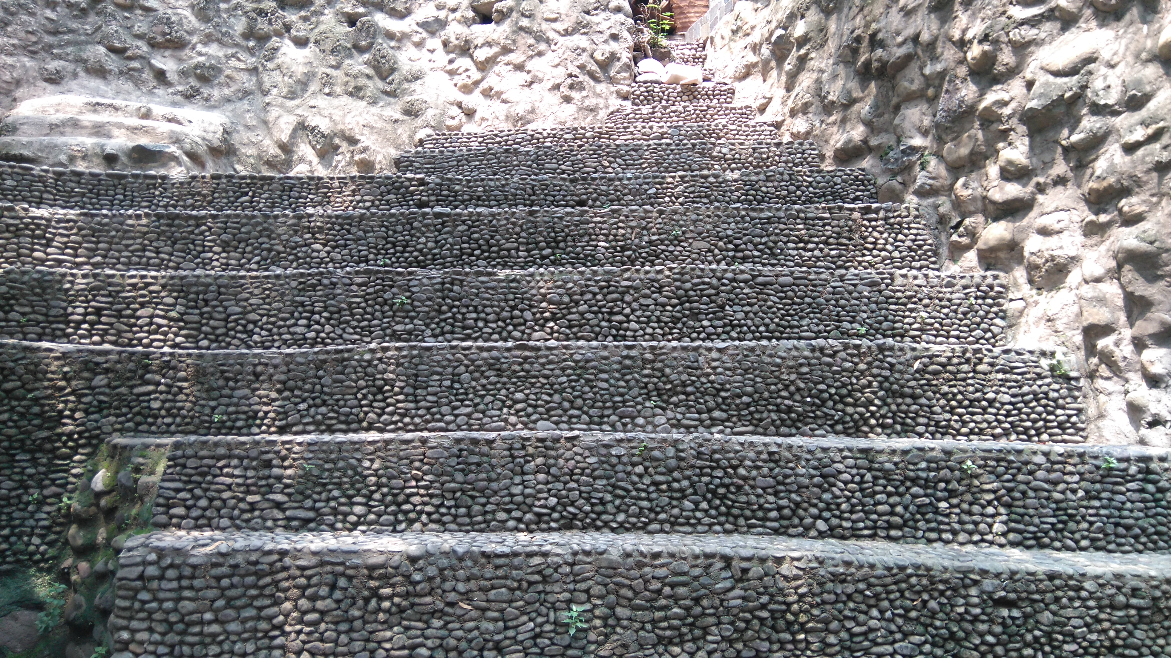 File:Rock Garden Pebbles Steps