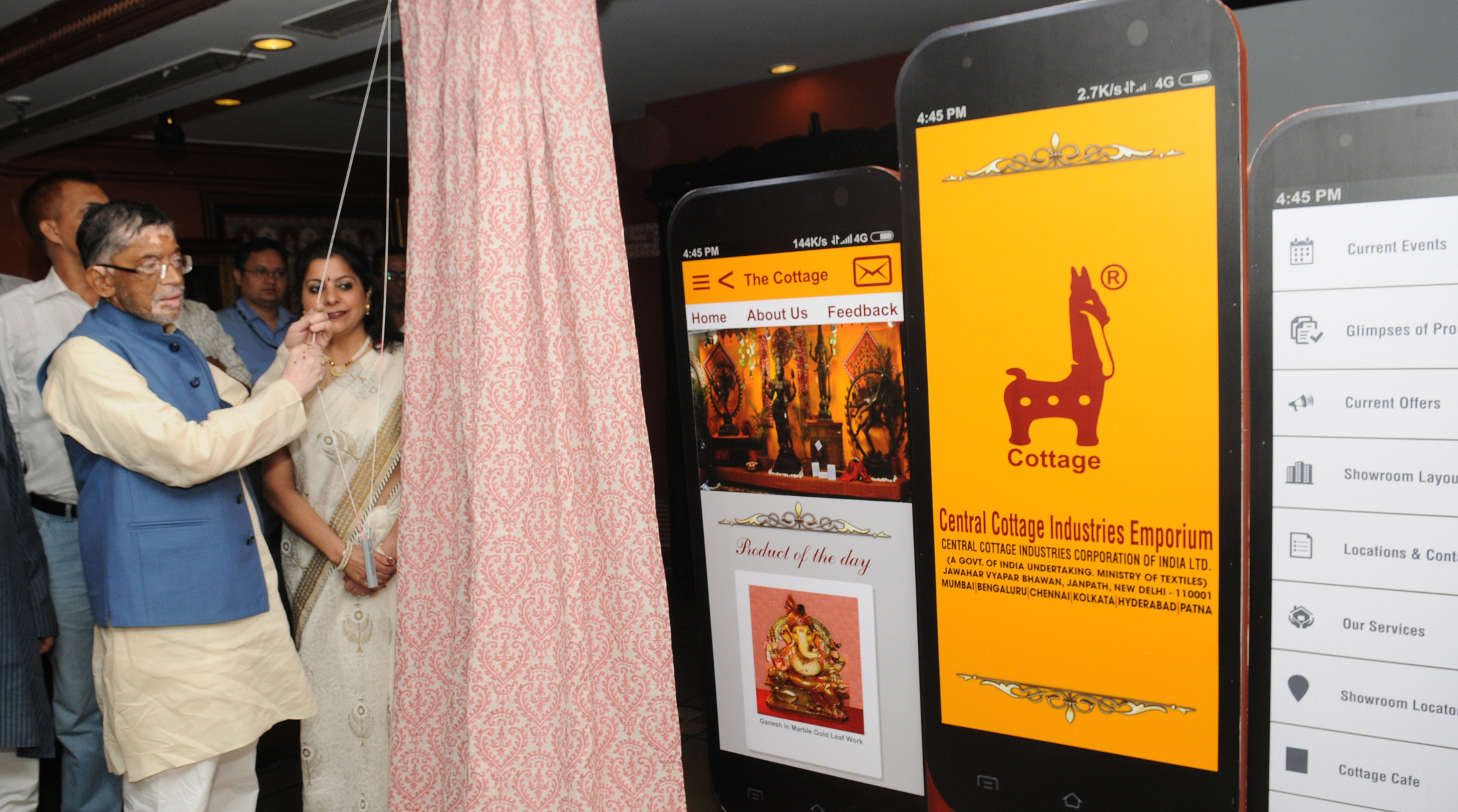 File:Santosh Kumar Gangwar launching the Cottage Mobile App