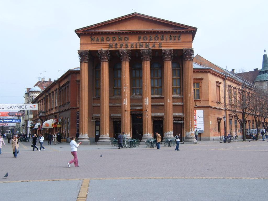 Theatre_in_subotica.jpg