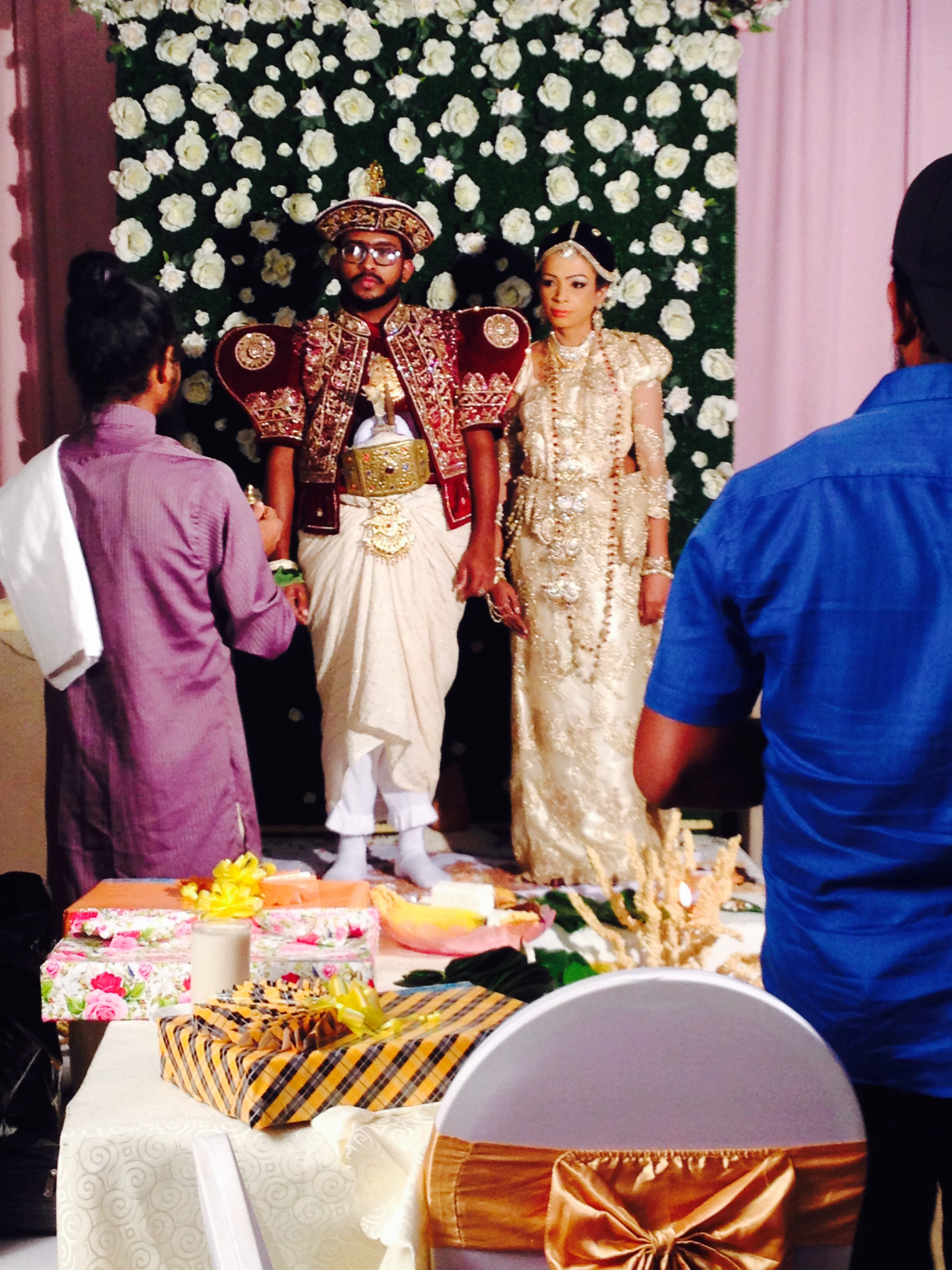 FileThis is a typical Sri Lankan wedding.jpg   Wikimedia Commons