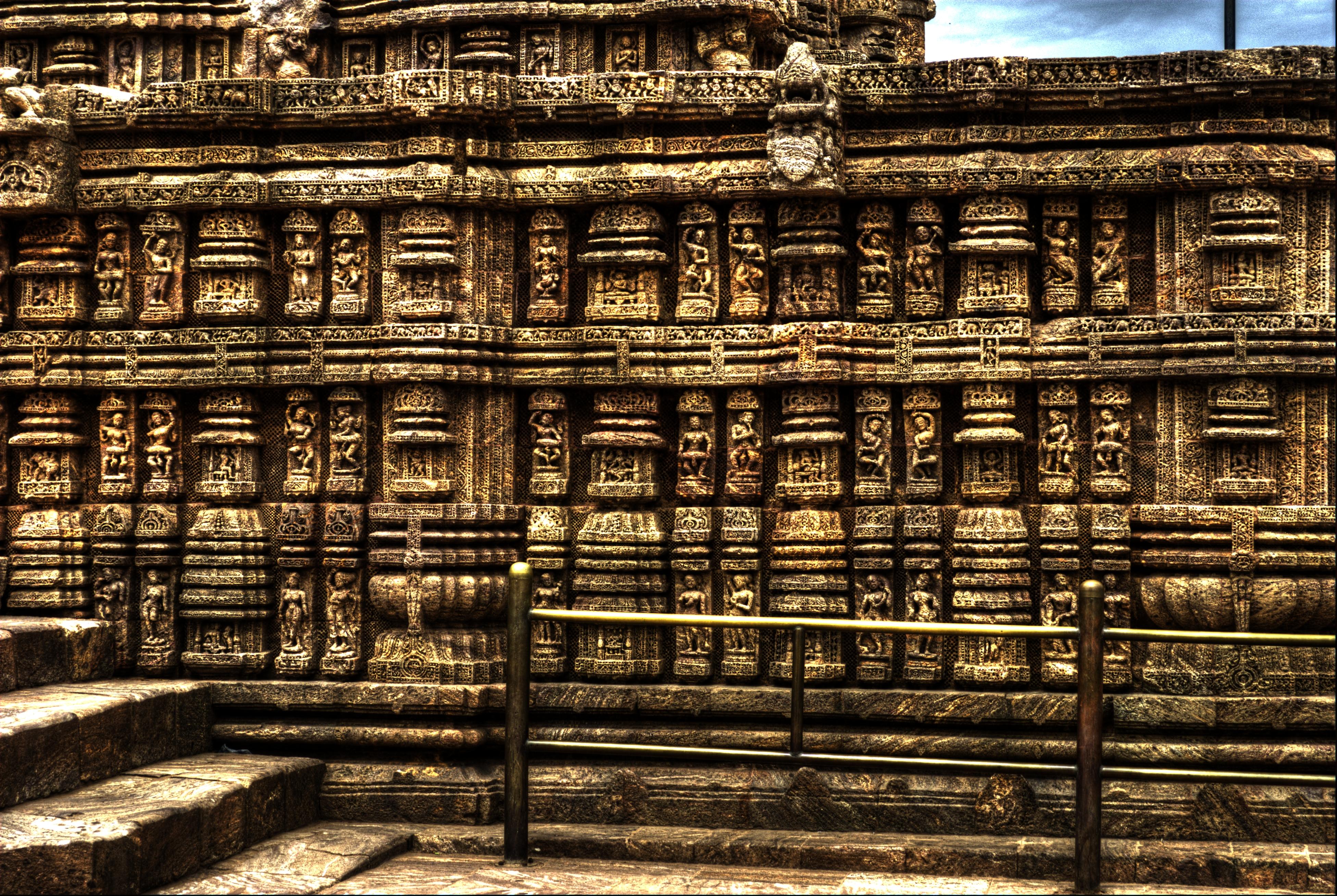 File wall carvings of konark temple g wikimedia commons