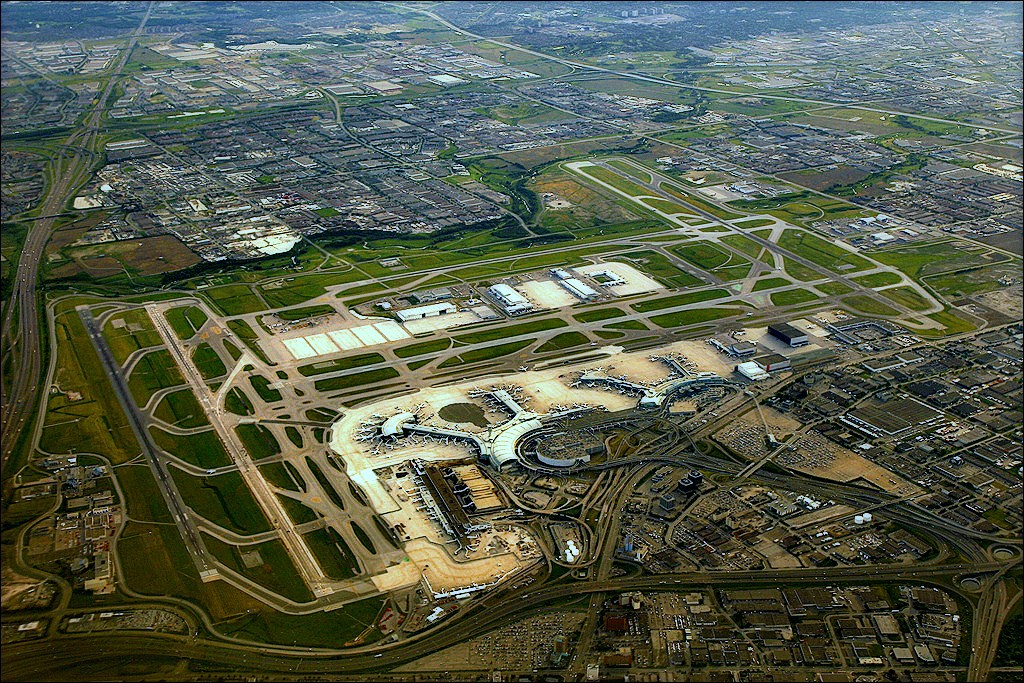 atlanta airport terminal map with Toronto Pearson International Airport on Venue likewise Frankfurt Airport Laid Out 9ef0ce1dfcabd631 besides Hartsfieldjacksonatlantainternationalairportconracautomatedpeoplemover in addition Hamad International Airport Reviews 2016 as well Airlines.