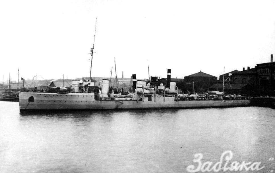 https://upload.wikimedia.org/wikipedia/commons/5/52/Zabiyaka1915-1917a.jpg