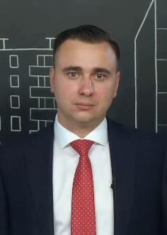 Иван Жданов.png