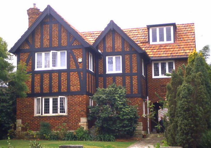 File 1 old english style house wikimedia commons for English style houses architecture