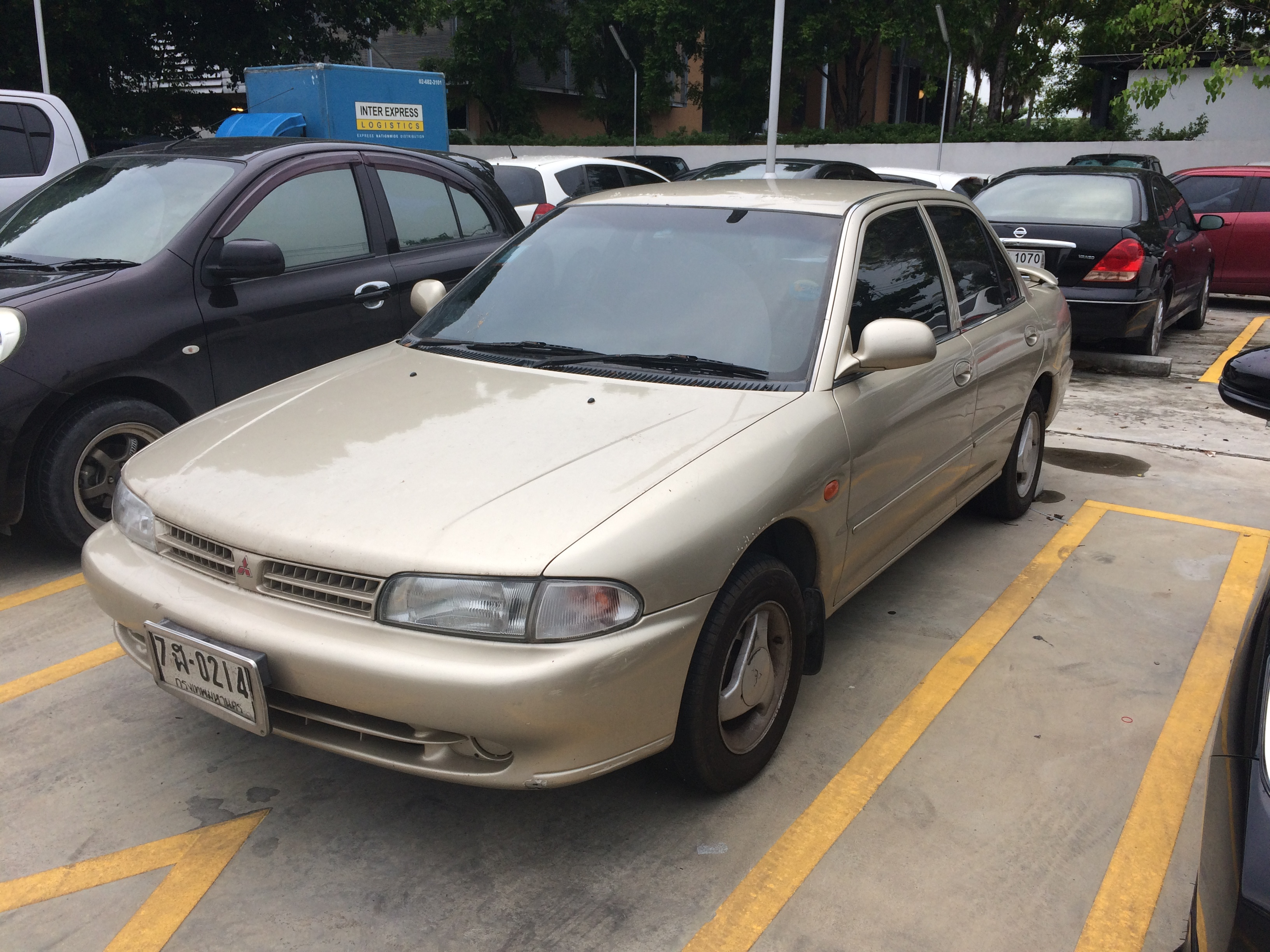 File1995 1996 Mitsubishi Lancer GLXi Automatic Sedan 22 09 2017
