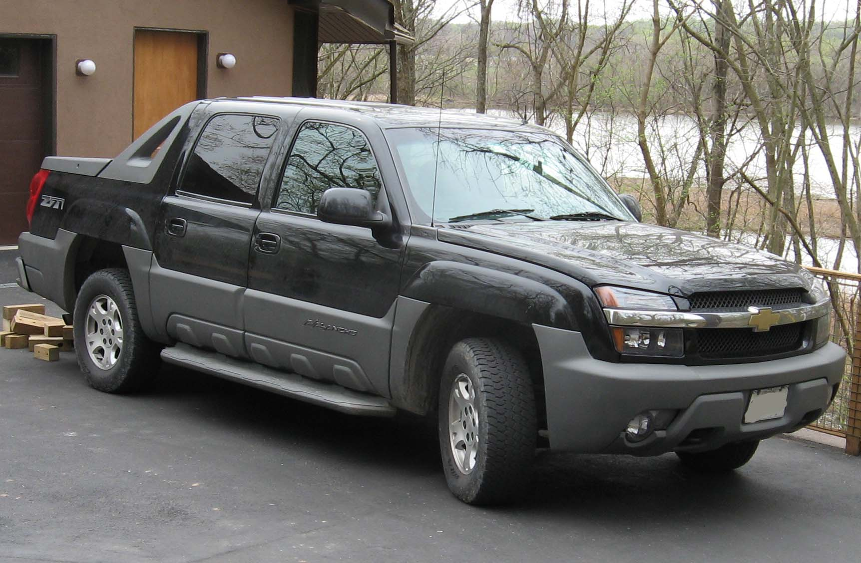Chevrolet Avalanche Wikipedia >> File:1st Chevrolet Avalanche.jpg - Wikimedia Commons