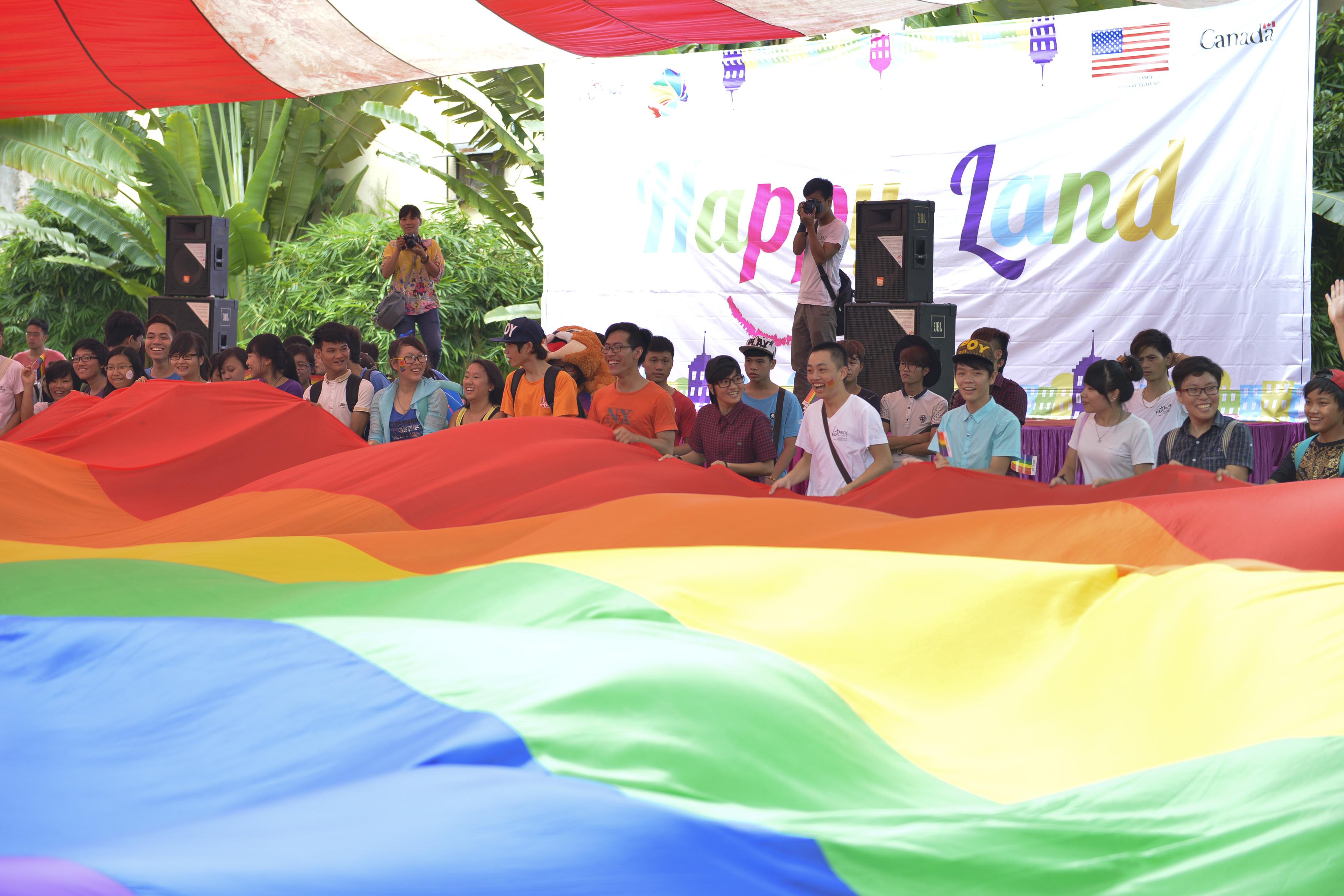 File:2014 Viet Pride Campaign (14638593749).jpg - Wikimedia Commons