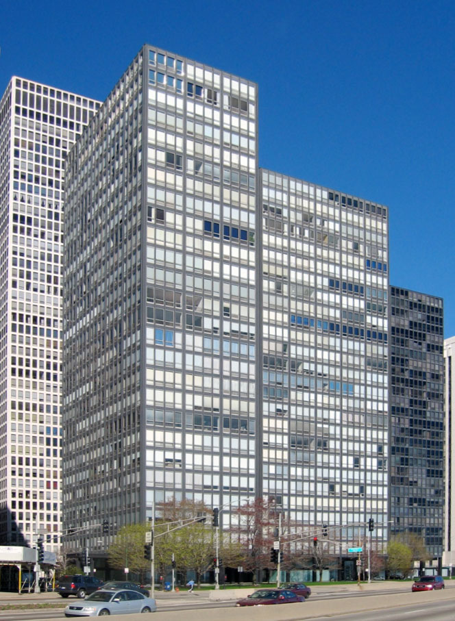 860 880 Lake Shore Drive Chicago Mies van der Rohe