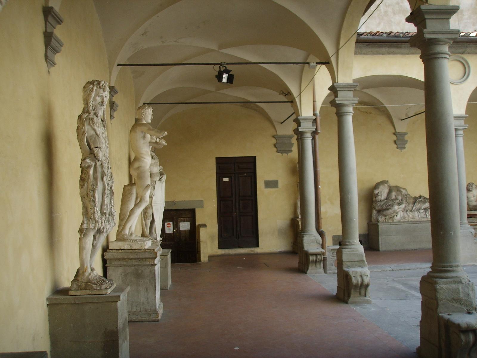 Tiedosto accademia di belle arti cortile 03 jpg wikipedia for Accademia belle arti design