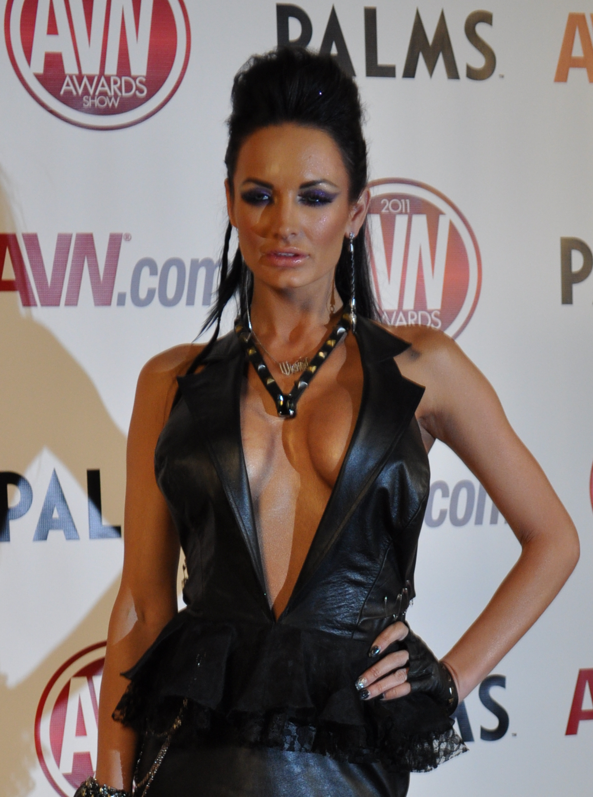 File Alektra Blue At Avn Awards Crop Wikimedia Commons Jpg 1218x1637 Boss