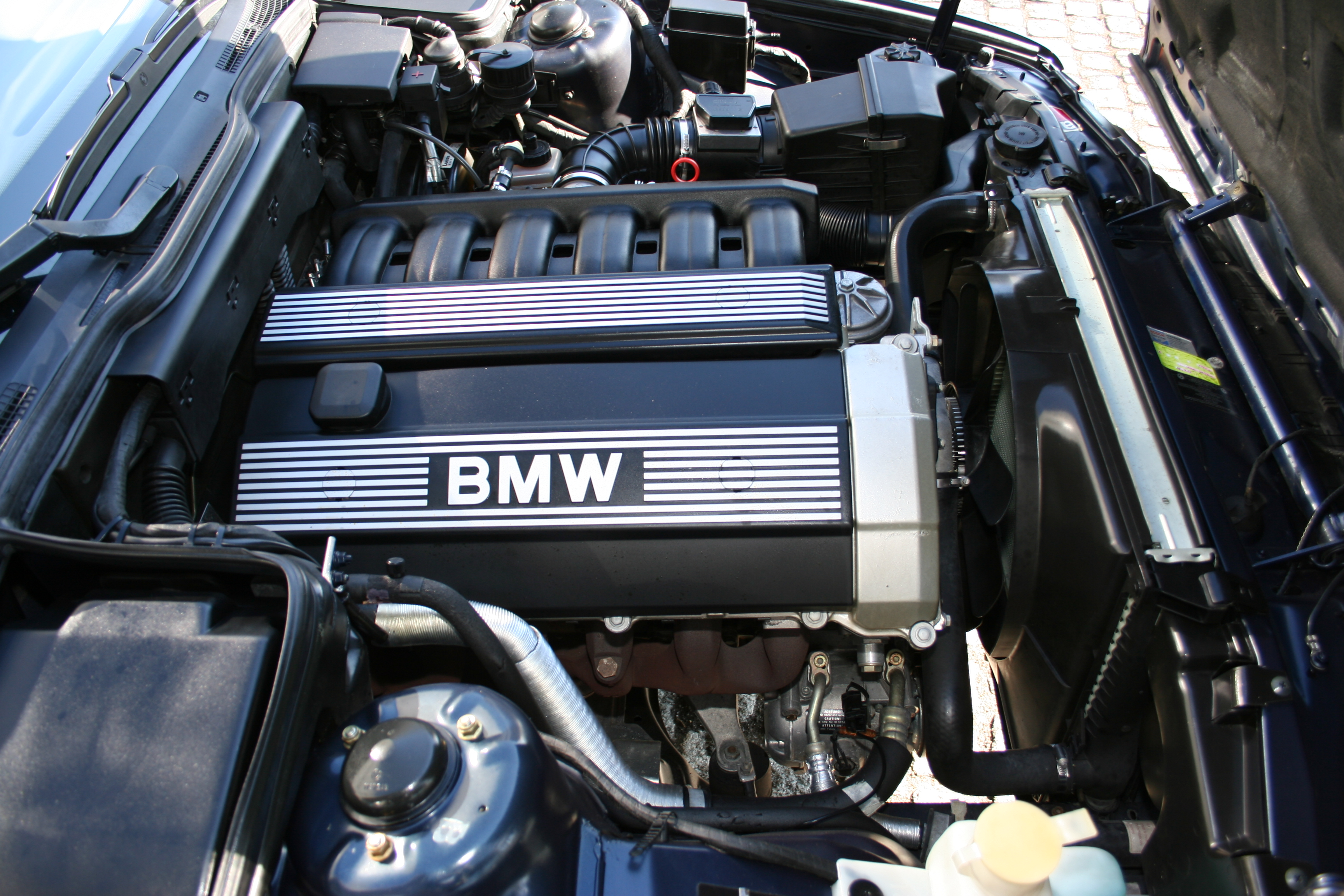 diagram of 1992 bmw 525i engine