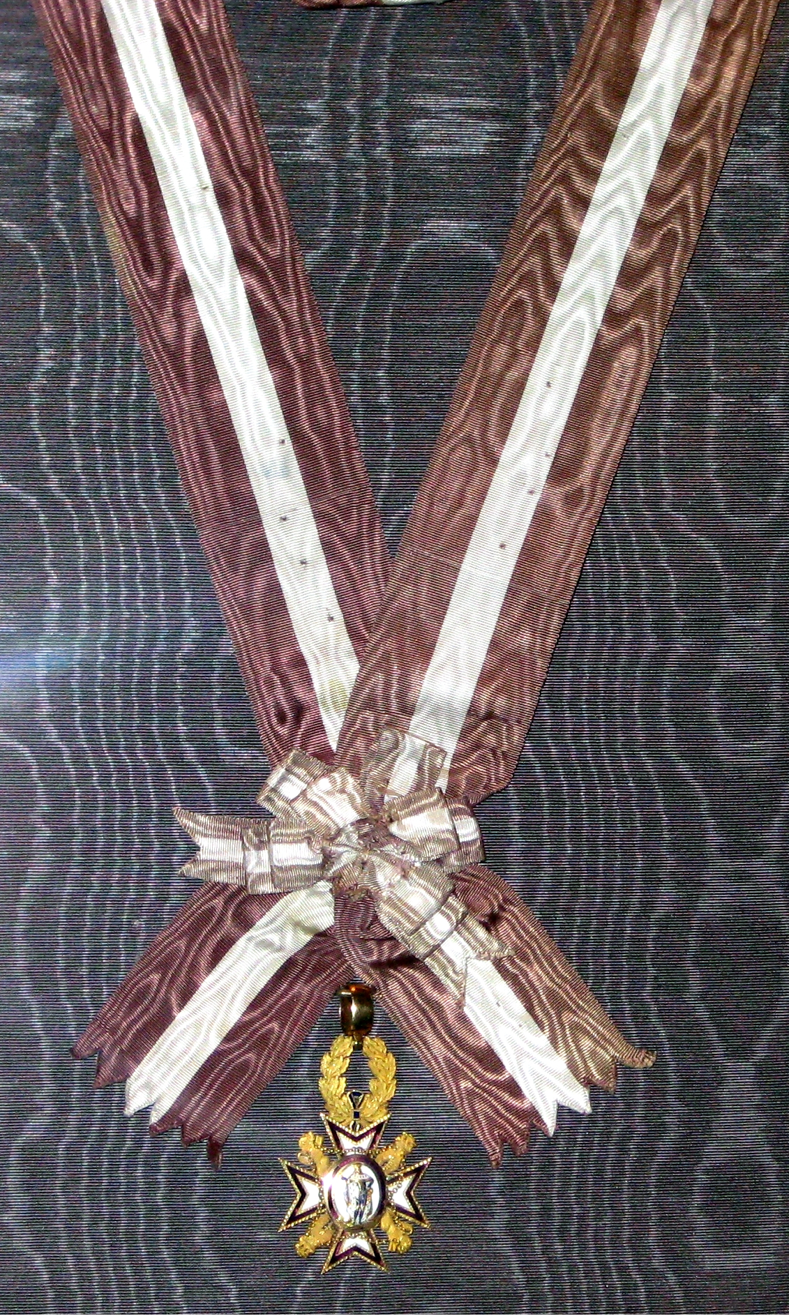 Badge of the Order of Maria Louisa with ribbon.jpg