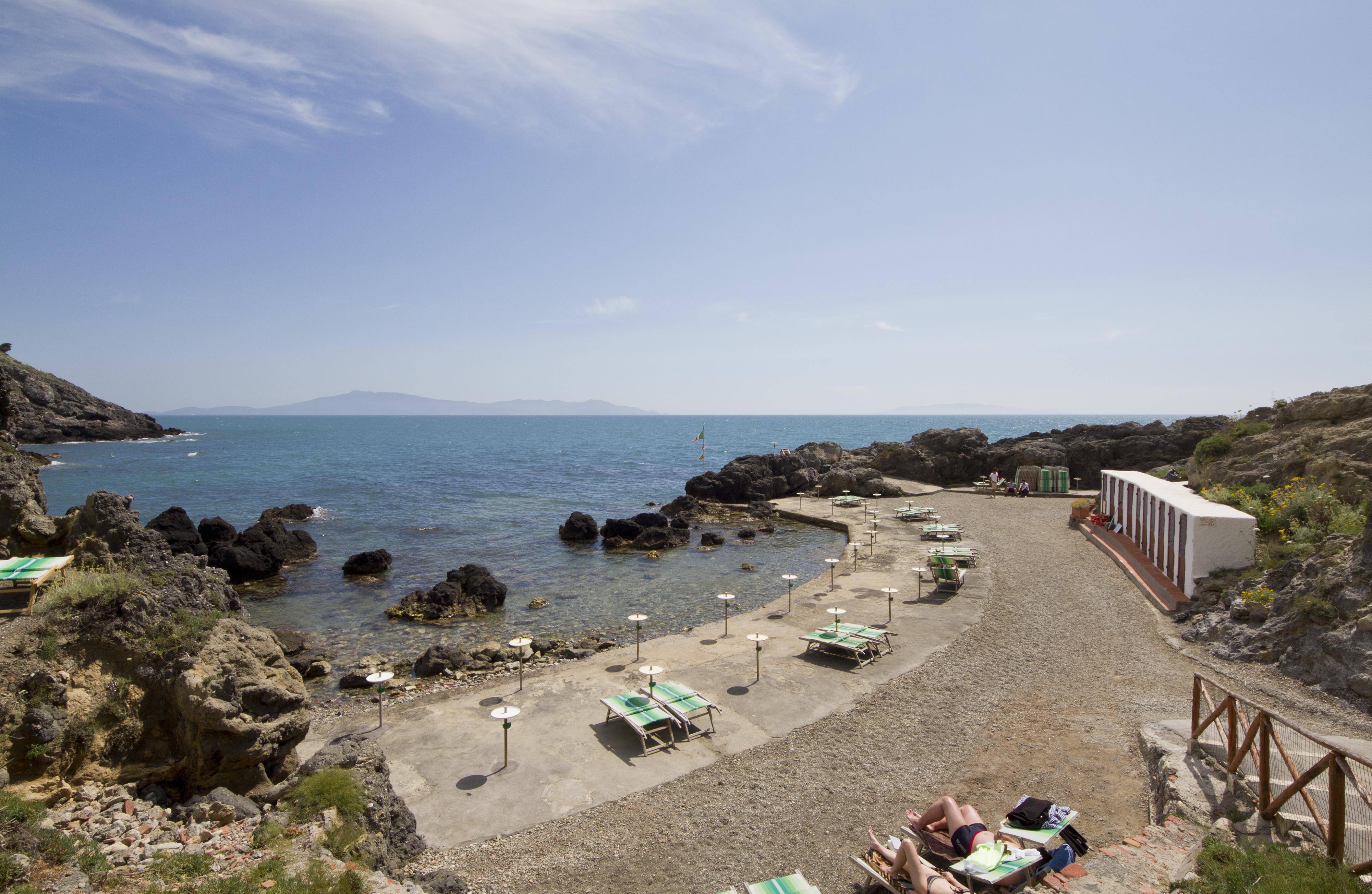 File bagno delle donne talamone province of grosseto tuscany italy - Bagno delle donne talamone ...
