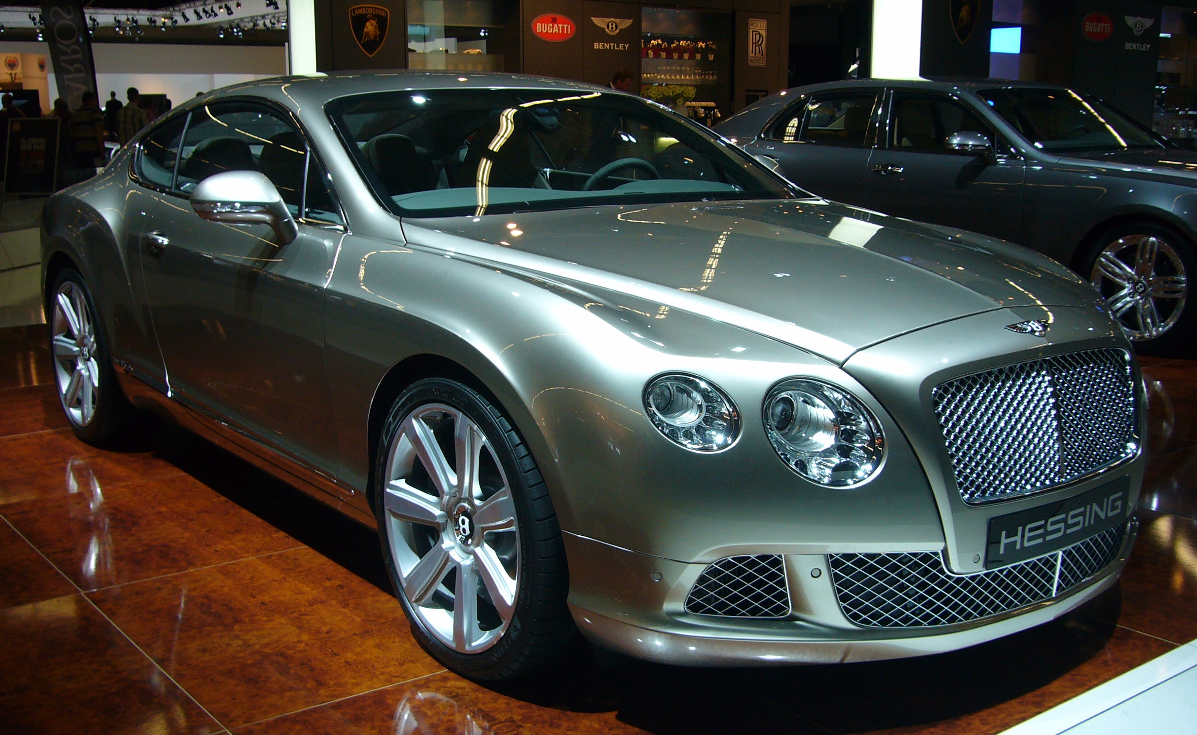 Filebentley continental gt front quarterg wikimedia commons filebentley continental gt front quarterg vanachro Image collections