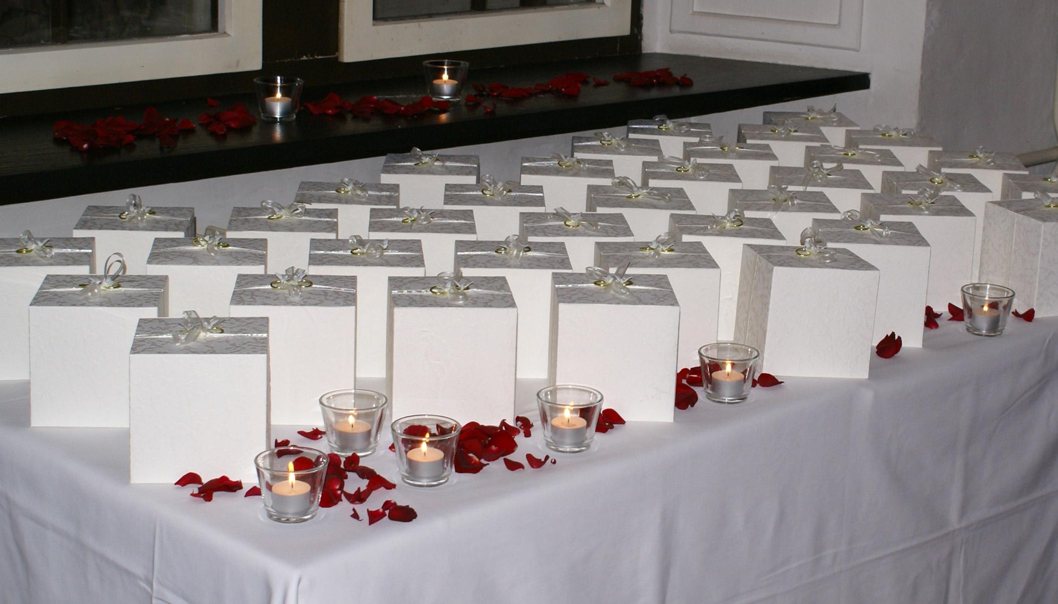 File:Bomboniera - Bonboniera - Hochzeit - Geschenke.jpg - Wikimedia ...