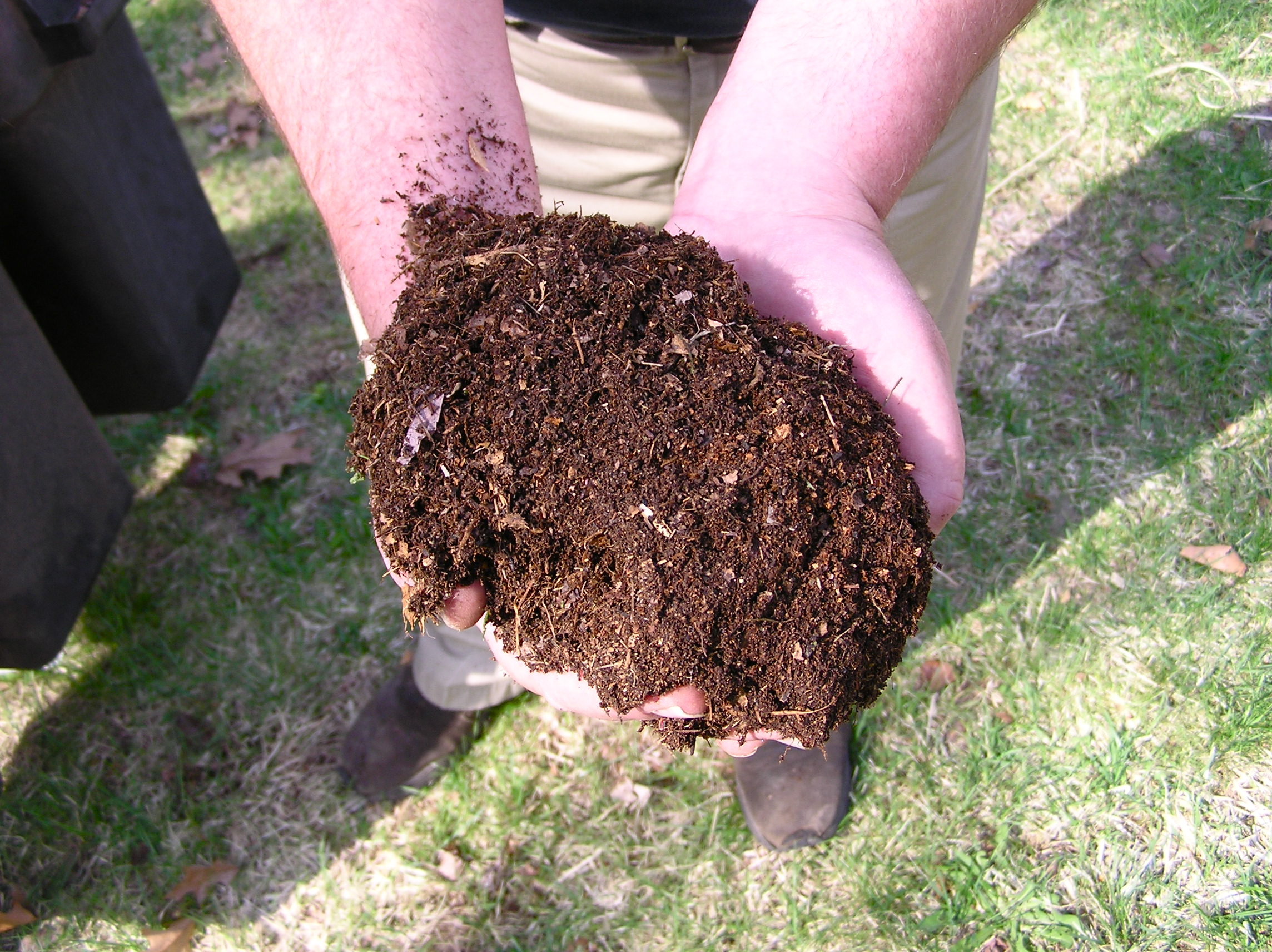Types of Materials Used To Enhance Soil Fertility